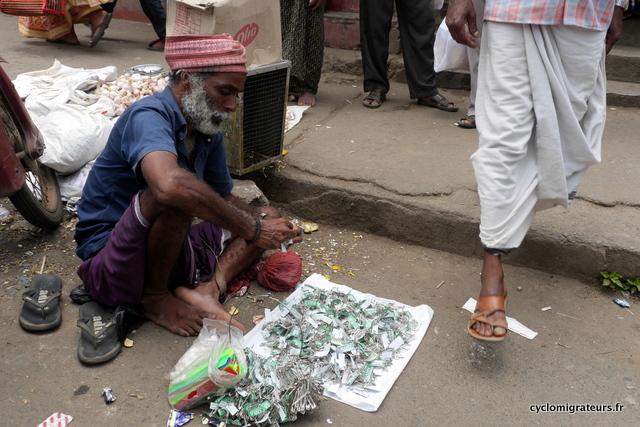Vendeur d'épingles à nourrice