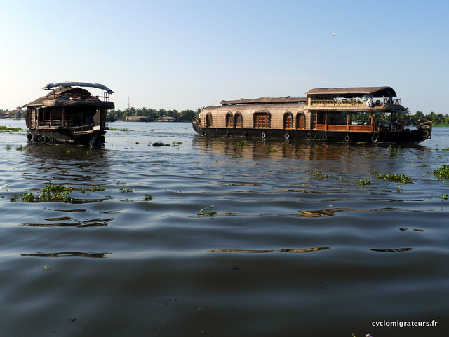 Les fameux Houseboats, qu'on évitera