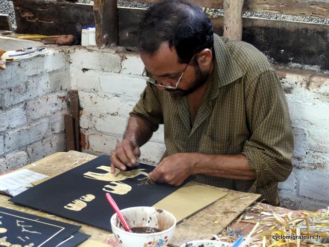 artiste art keralais tiges de riz