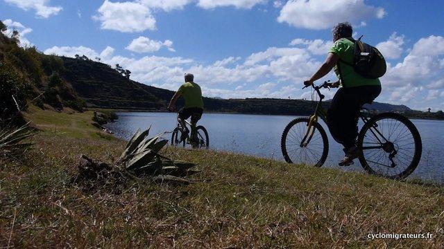 Passage vélos lac 2